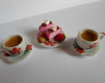 Dolls house , Sylvanian familyies food, tea and fancy cakes with strawberries for two