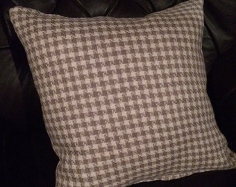 Houndstooth pillow cover. Taupe and cream pillow cover, checkered pillow cover. Accent pillow . Throw pillow . Sofa pillow . Sham.