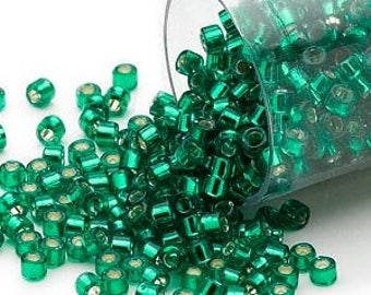 Delica Silver Lined Emerald Green (DB605)  Miyuki Cyliner Seed Beads - 11/0  7.9 grams  (a-11B)