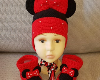Crochet baby Minnie Mouse Hat and shoes .Baby girl earflaps hat.
