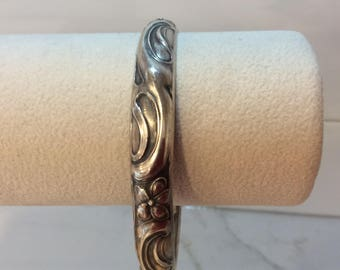 Antique sterling silver art nouveau floral bangle bracelet