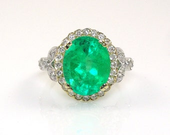 4.76 Carat Colombian Emerald  with Diamond Halo Ring in 14K Dual Tone (White/Yellow) Gold Sale by Best in Gems (14295)