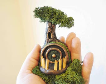 Hobbit Fairy House - Hobbit House - Miniature - Miniature Hobbit House - Fairy House - Fairy Garden - Hobbit Door - Hobbit Tree -Hobbit Hole