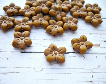 6 Matte Caramel Brown Puffed Daisy Flower Beads 14 x 13 mm