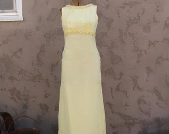 Vintage 1960's Yellow Chiffon Maxi Dress with Train//Formal Dress//Bridesmaid Dress//Daisies and Rhinestones//