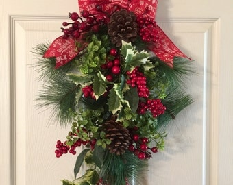 CHRISTMAS DOOR SWAG  ,Christmas Wreath, Evergreen Wreath,Holiday Door Decor,Christmas Wreath,Christmas Swag Wreath,Teardrop Wreath,Evergreen