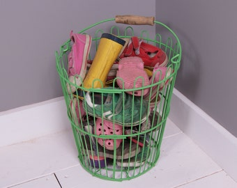 Children's Green Wire Storage Basket with Handle