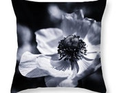 Giant Blooming Flowers Anemone Photo Art Throw Accent Pillow, Botanical Outdoor Seat Cushion, Photo Art Home Decor, Nature Home Decor Pillow