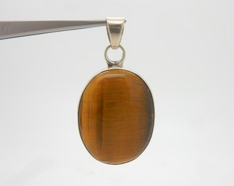 Vintage Sterling Silver/925 Oval Brown Tiger's Eye Bezeled Dangle Pendant;16.4gr ; sku # 3056