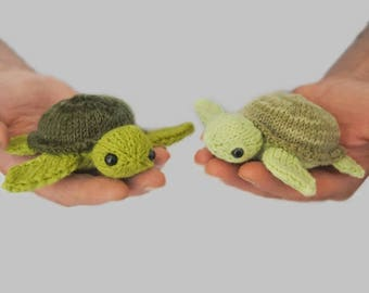 Mini turtle, stuffed animal, tiny plush sea turtle, sea creatures mini amigurumi, pocket toy, crochet turtle, green turtle knit turtle