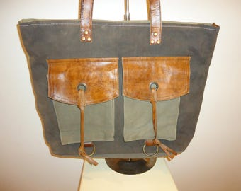 Must See! Vintage Canvas and Leather Tote Bag