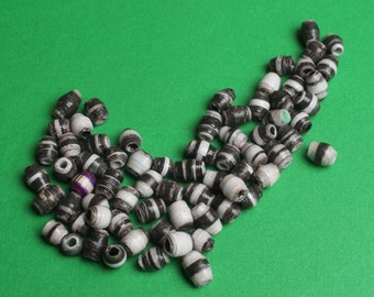 Mini black & white paper beads