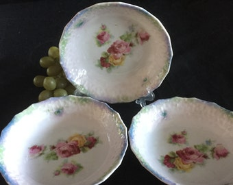H042   3 small bowls from Bavaria-1950's