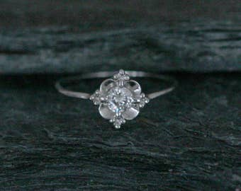 Antique Art Deco Diamond Engagement Ring with 0.25 cts Old European Cut Diamond in 14k White Gold - JL759