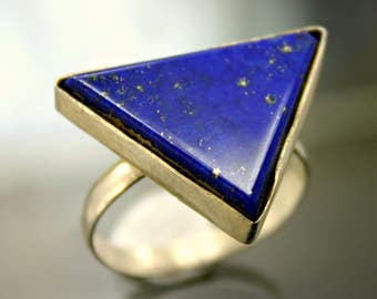 925 Sterling Silver Ring with Genuine Royal Blue Lapis Lauzli