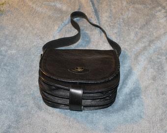 Vintage Dori Genuine Leather Hand Bag, Black Color, One Medium Strap, Shoulder Bag, Large Inside, Many Compartments, Solid Hand Bag,