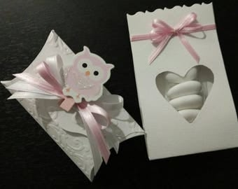 Handmade wedding favors-embossed cardboard box + clothespin gift tags/confetti bag with carved heart