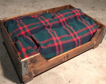 Industrial style dog bed ** LOCAL PICKUP ONLY**