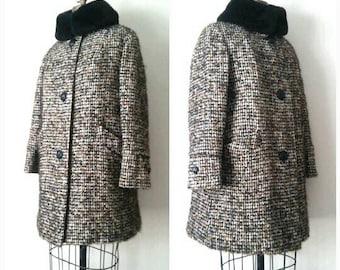 Vintage 1960s Alpaca Plaid Coat, Timme Tuft Heavy Winter Coat, 60s Vintage Winter Coat, Large Plaid Vintage Coat, Large, Black Collar Coat