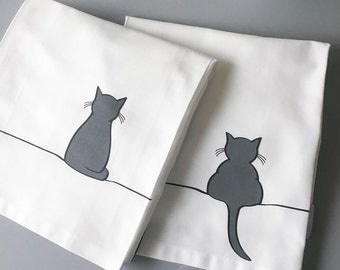 Sitting Cat and Crouching Cat Tea Towel, Set of 2 Premium Cotton Tea Towels, Gift for Cat Lovers, Kitchen Towel