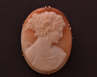 9ct Gold Victorian Cameo Brooch (802k)