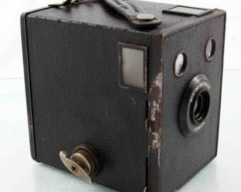 Vintage Kodak Six-20 Brownie Junior Film Camera (UK Model)