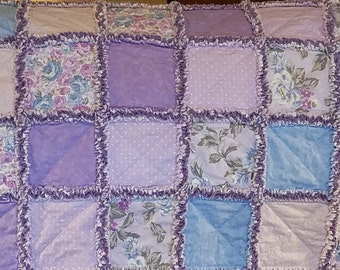 Lavendar and blue rag quilt throw