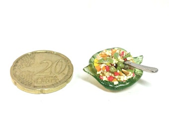 Dollhouse miniature 1/12 Fruit salad on a leaf..