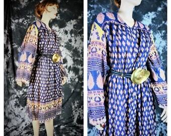 70s Sheer Gauzy Cotton India Hippie Dress Vng Sz L  / Vng Pakistani Sheer Cotton Batik Dress / 70 India Paisley Cotton Bohemian Gypsy Dress