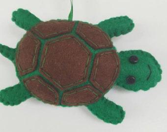 Turtle Ornament, Felt Turtle Ornament, Green Turtle Ornament, Christmas Ornament, Handmade Felt Ornament, Tortoises Button Ornament