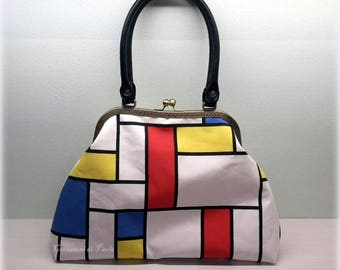 Mondrian style shoulder bag with print