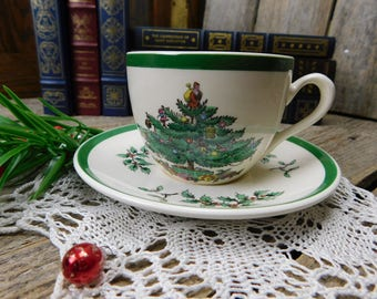 Set of 4 Vintage Spode Christmas Tree Cups and Saucers