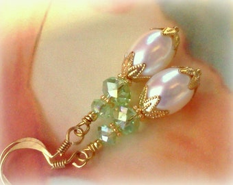 Freshwater Pearls, Pearl Earrings, Pearl Dangles, Freshwater Pearl Earrings, Pearl Jewelry, Bridal Earrings, Mint Green and Pearls, For Her