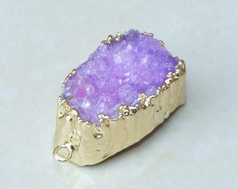 Purple - Druzy Connector - Quartz Agate - Druzy Connector. Purple Druzy Pendant. Gold Plated Edge and Loops - 19 mm x 31 mm - 3838