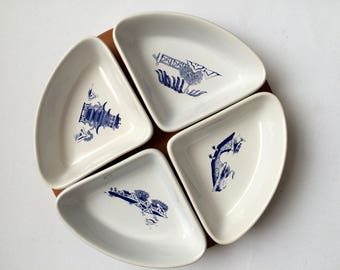 Willow Pattern Quarter Dishes, Set of 4