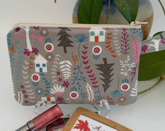 Wristlet // Zippered // Gray // Multi-colored // Cosmetic bag // Clutch // Gadget bag // Coins & Cards // Phone // Casual