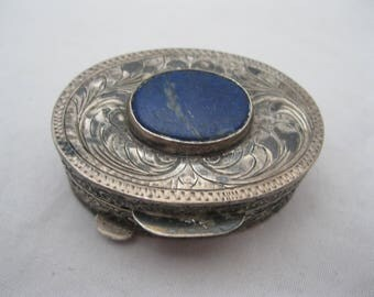 800 Etched Silver Pill Box W/ Lapis