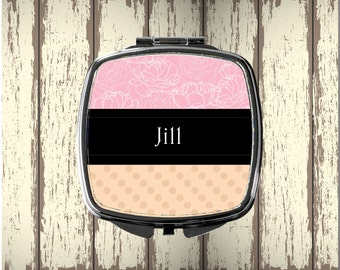 Personalized Compact Mirror  - Perfect Mother's Day Gift or Bridesmaid Gift - Personalized Gift - Valentine's Day - Wedding Party Gift