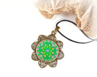 Necklace with mandala to get balance and inner calm; esoteric pendant with mandala printed; gift idea for girlfriend and friend.