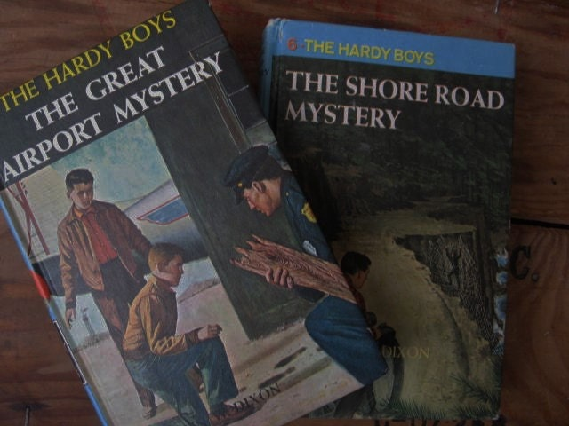 the story of the hardy boys in the shore road mystery The nancy drew and the hardy boys super mystery books are a new series first published in june 2007 and are not to be confused with the nancy drew and hardy boys supermystery series that was published between 1988 and 1998.