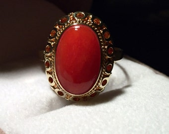 Vintage 14k Yellow Gold Natural Mediterranean Tomato Red Coral Ring Size 8-9 / 5.1g