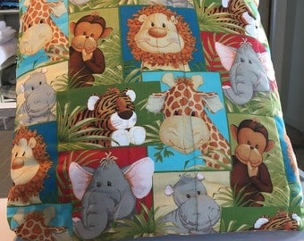Baby jungle animal quillow