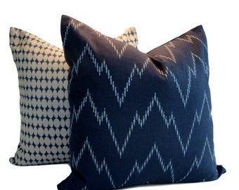 Robert Allen Pillow Cover Morgans Point Batik Blue