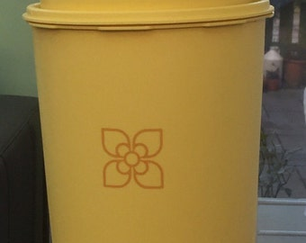 Vintage 1970s yellow tupperware storage containers set of 3