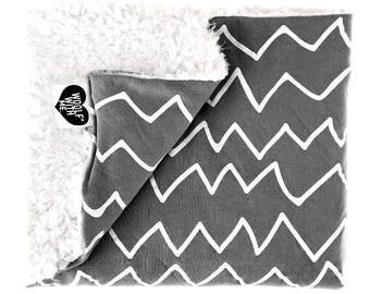 Baby Blanket Zig Zags, Gray, Organic Baby Blanket, Boho Chic, Toddler Blanket, Going Home Blanket, Newborn, Crib Blanket, Gift