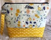 Spring Art Gallery Sockbag (navy zipper)