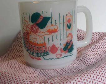 Glasbake Sunbonnet Sue Mug 1980's/tea party/to know is nothing at all, to imagine is everything