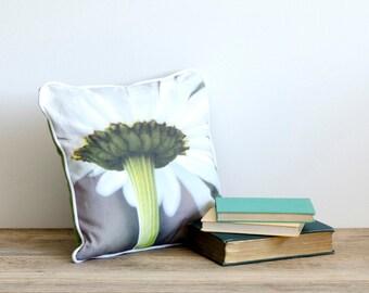 Pushing Up Daisies - Square Cushion