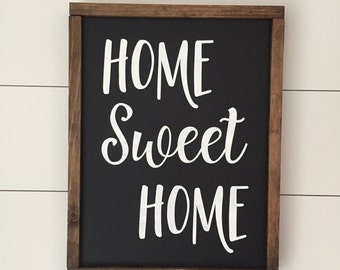 Home Sweet Home // Framed Wood Sign // Farmhouse Decor // Rustic Wood Sign // Farmhouse Sign