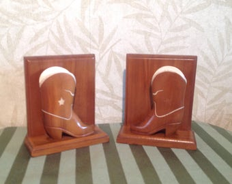 Western cowboy boots bookends, western wood bookends, Wild West decor, vintage wood ranch bookends, rodeo bookends, lone star bookendS